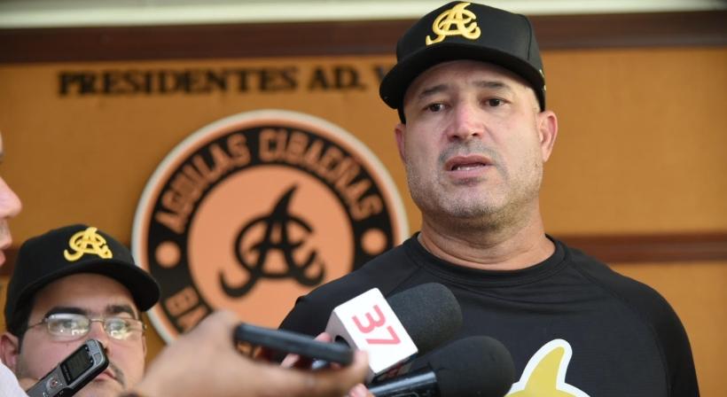 Manny Acta dirigirá Aguilas Cibaeñas. Miguel Tejada nombrado asistente del dirigente.