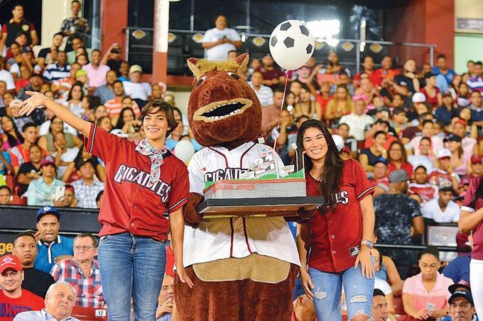 Garabez Rosa decide la victoria de los Gigantes