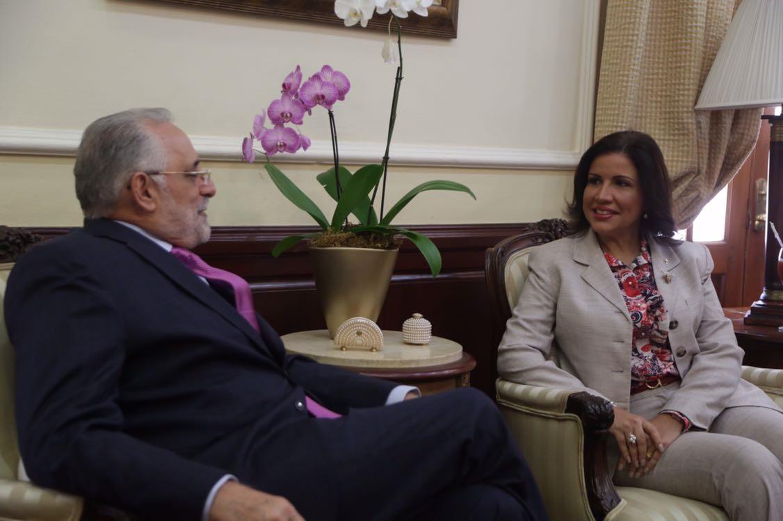 Presidente Lidom se reúne con Vicepresidenta de la República