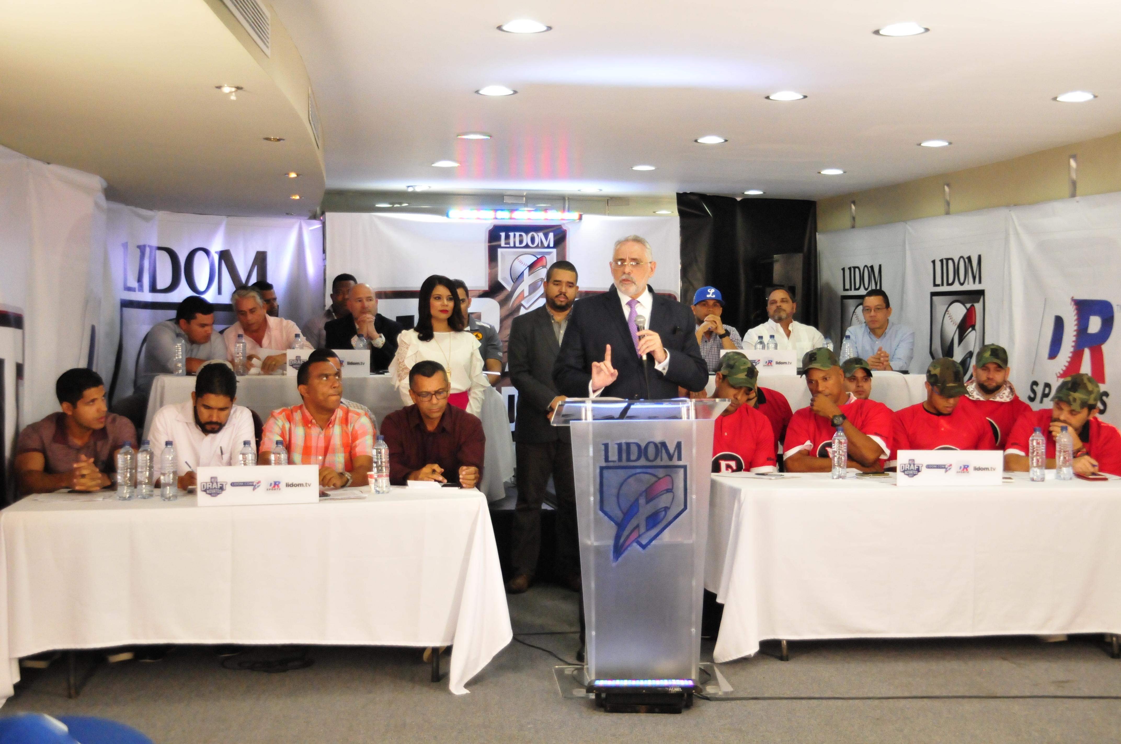 Raúl Valdes primera selección del Sorteo de Nativos e Importados