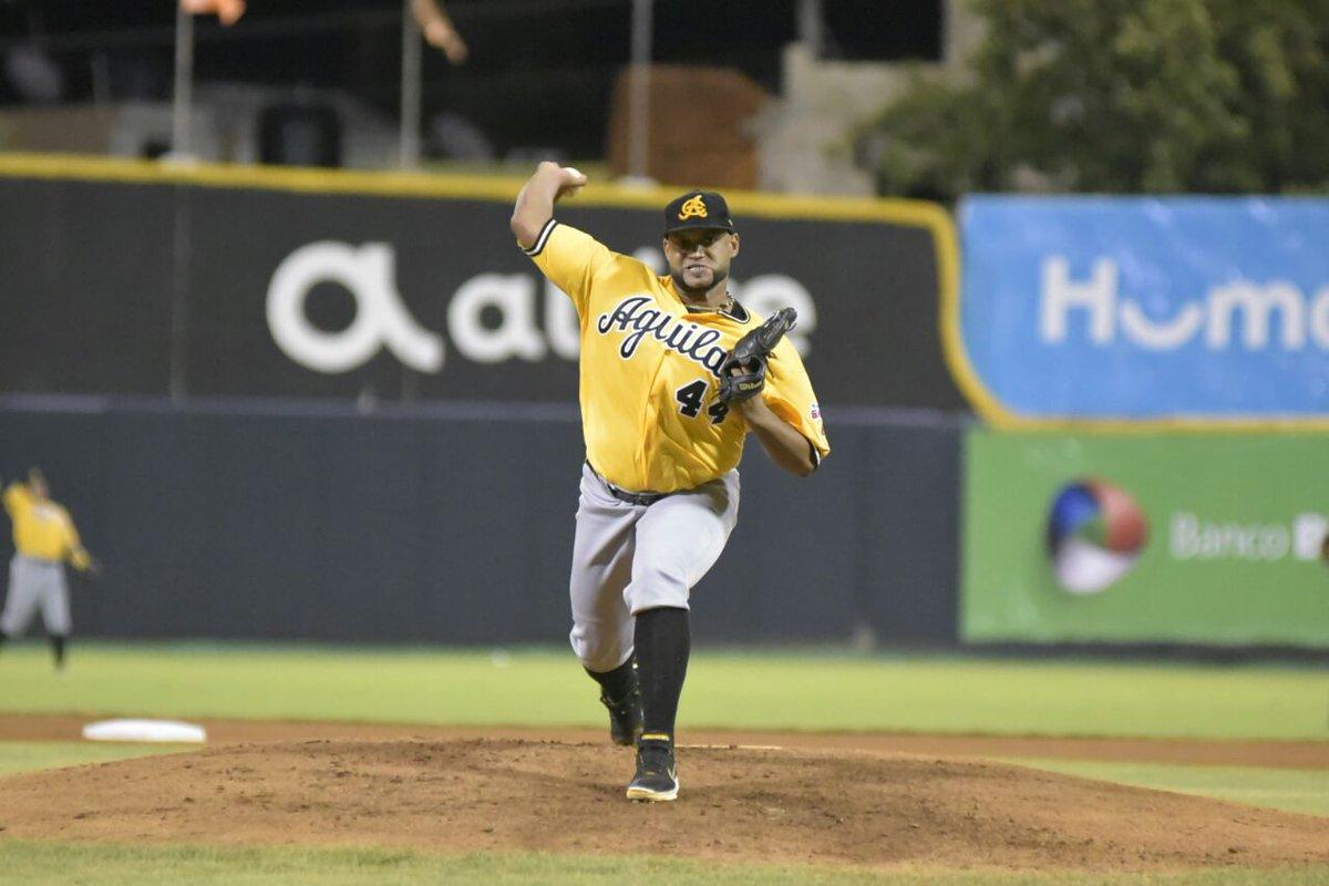 Gigantes del Cibao adquieren al lanzador Ángel Castro desde las Águilas