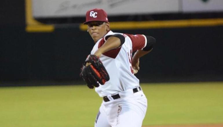 Jesús Liranzo, un lanzador cristiano que toca las 100 mph