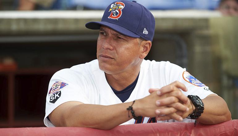 Licey firma a Pedro López como dirigente 2019-20