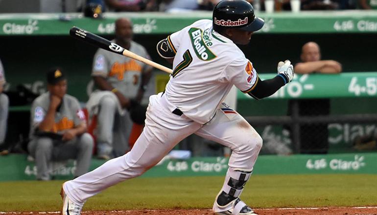 Domingo Leyba pegó hit en su primer turno en Grandes Ligas