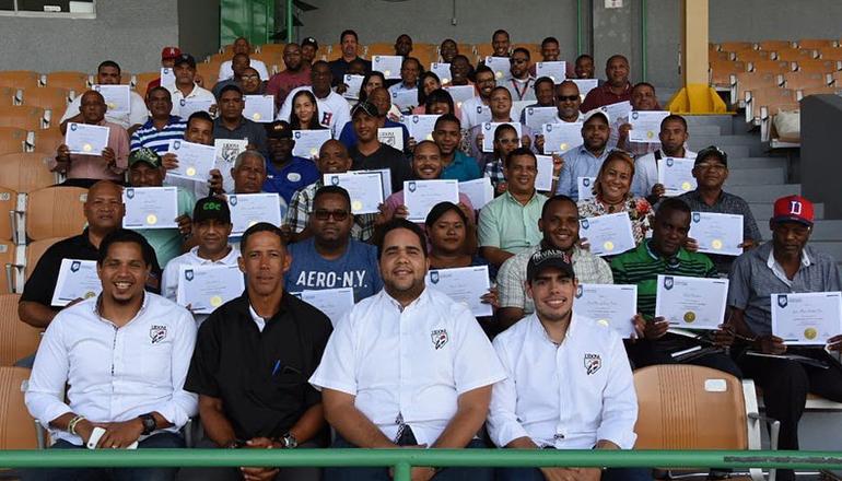 Lidom celebra en San Pedro de Macorís su taller sobre anotación y reglas de béisbol
