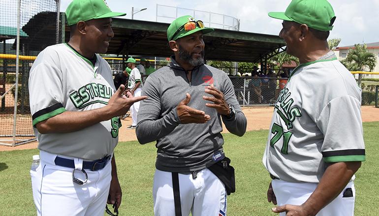 Tatis exhorta jugadores a confiar en él y coaches