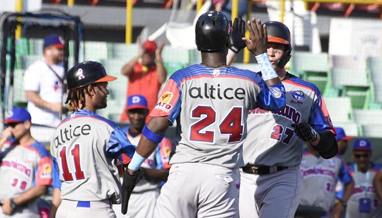 Espino y O'Brien guían Toros a segundo triunfo en Serie del Caribe, le ganan a Colombia