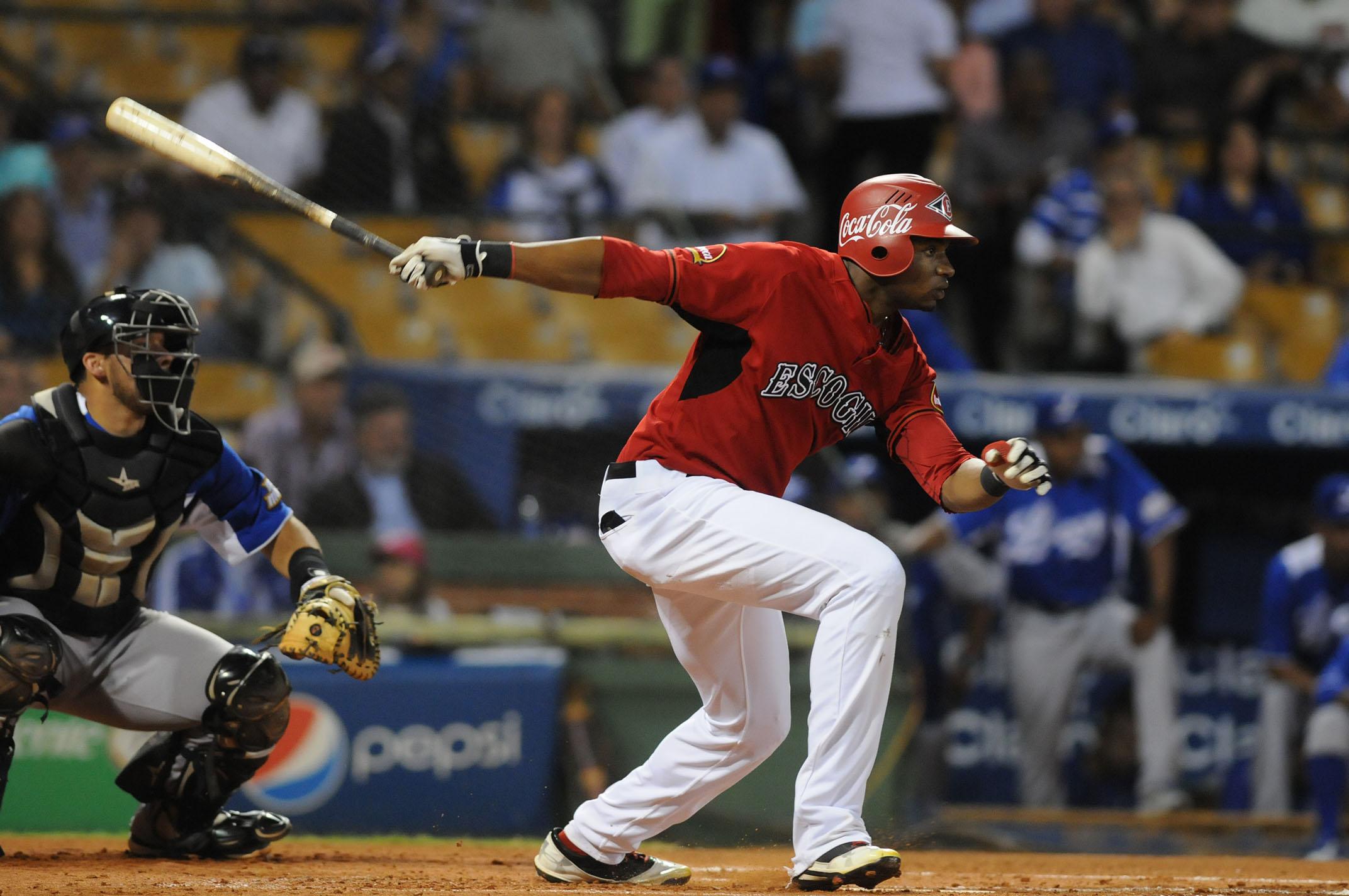 Con la ayuda de dos coaches, Gregory Polanco busca resurgir con el bate para los Piratas
