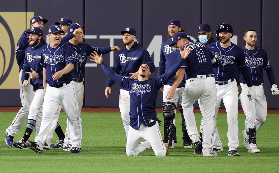 ¡Final de película! Rays dejan tendidos a Dodgers en juego 4 de Serie Mundial