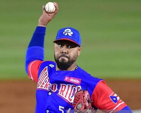 Estrellas importan lanzadores Otero y Flores
