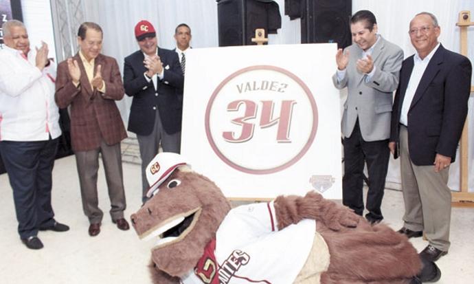Gigantes del Cibao celebrarán este martes su aniversario 20 Será retirado el No. 34 del exjugador Efraín Valdez.