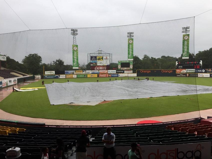 Suspenden por lluvias partido Estrellas y Gigantes