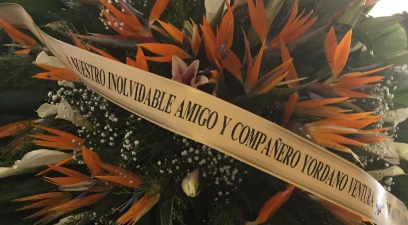 Águilas ofrecen pesar a familia de Yordano Ventura