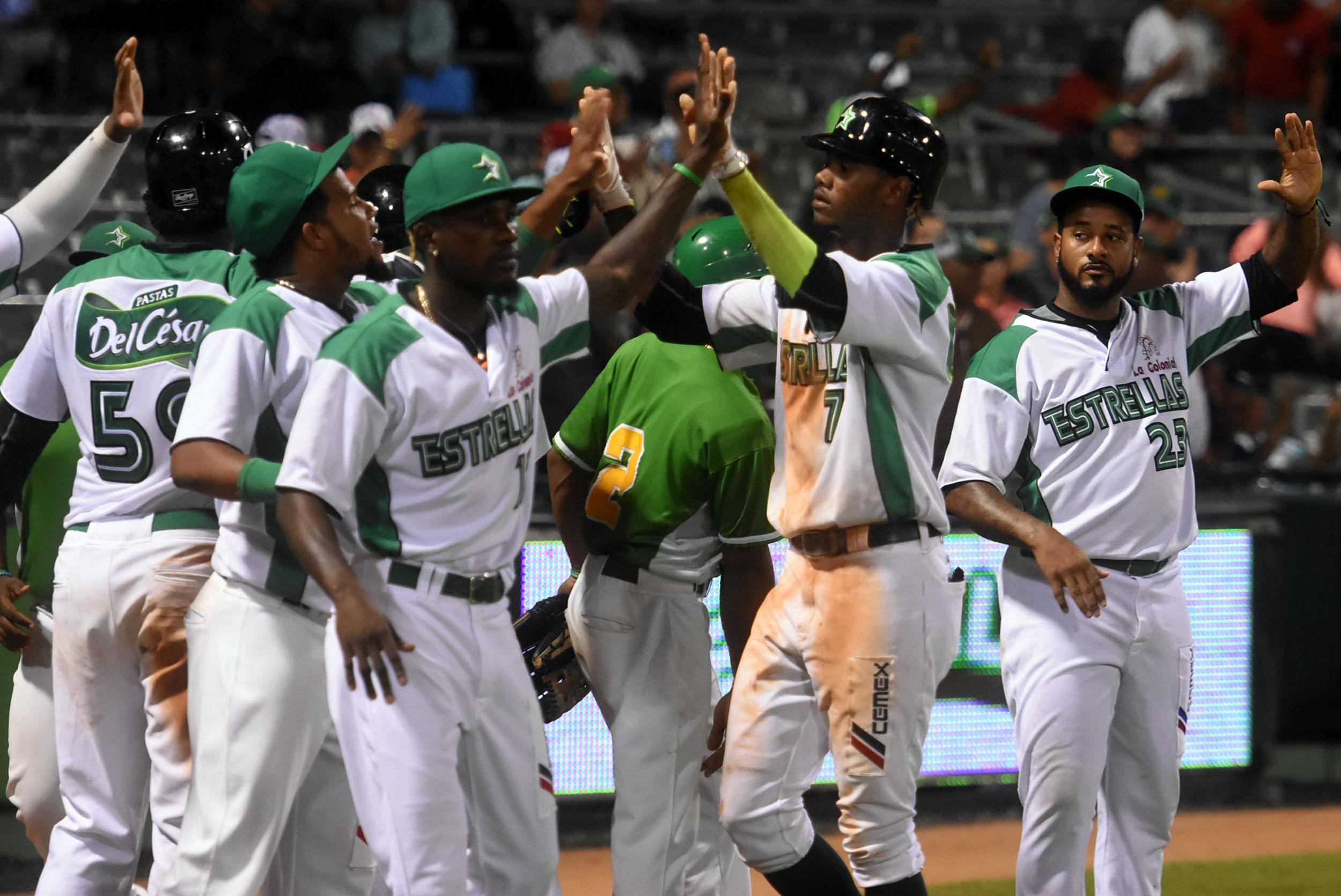 Guerrero decide triunfo Estrellas sobre los Gigantes