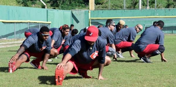 Reanudan su preparación los campeones Criollos