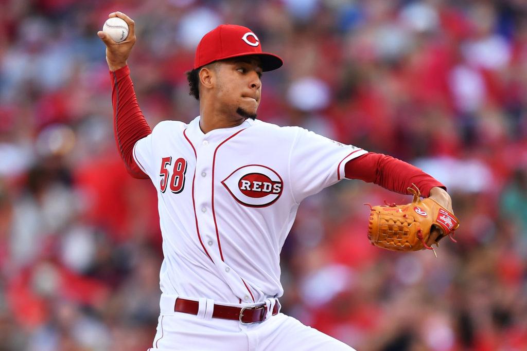 Luis Castillo ahora busca establecerse en la rotación de los Rojos