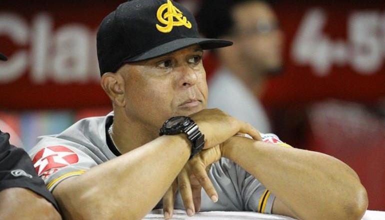 """Lino Rivera: """"Kennys Vargas, Andy Ibañez y Logan Moore estarán hasta el próximo domingo"""""""