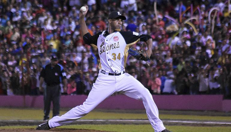 Estrellas contratan lanzador Luis Mateo en Panamá