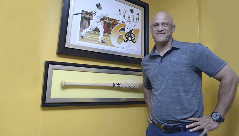 Mendy López orgulloso de regresar a las Águilas Cibaeñas