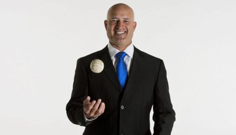 Manny Acta regresa a Estrellas como directivo y vicepresidente de béisbol
