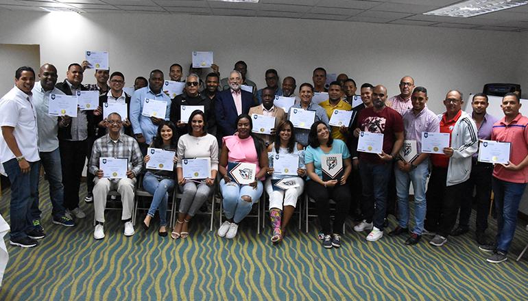 Lidom clausuró exitoso taller sobre anotación y reglas de béisbol