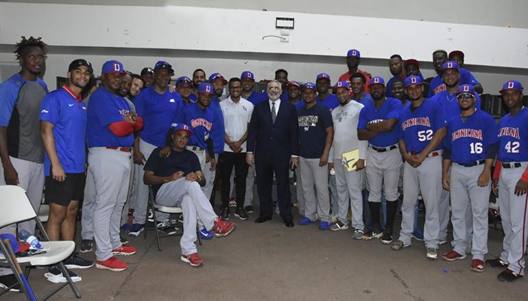 Presidente de Lidom motiva a equipo dominicano que irá a Panamericanos de Lima