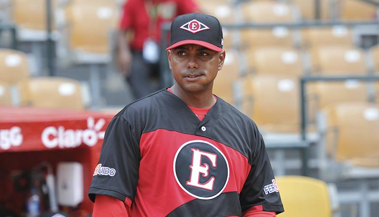 Alou Jr. y Contreras retornan al cuerpo de coaches del Escogido
