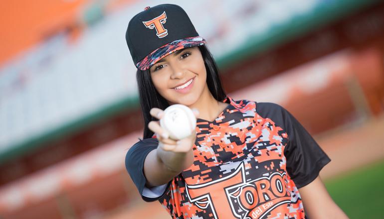 Toros presentan a Diana Polanco como madrina temporada 2019-20