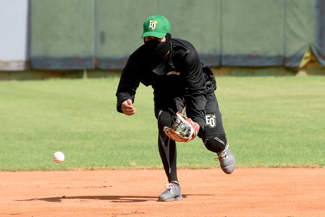 Gustavo Núñez dice está listo para jugar donde lo coloquen