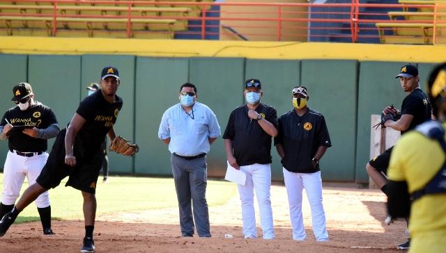 Manny García: Águilas se preparan para tener buen pitcheo. Elogia veteranos