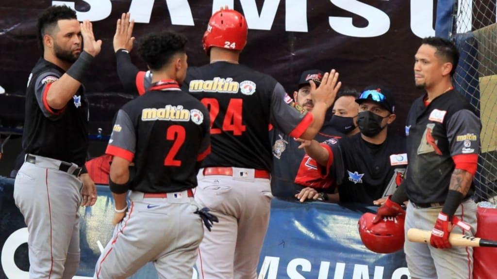 Rivero lidera paliza de Lara vs. Leones en Venezuela