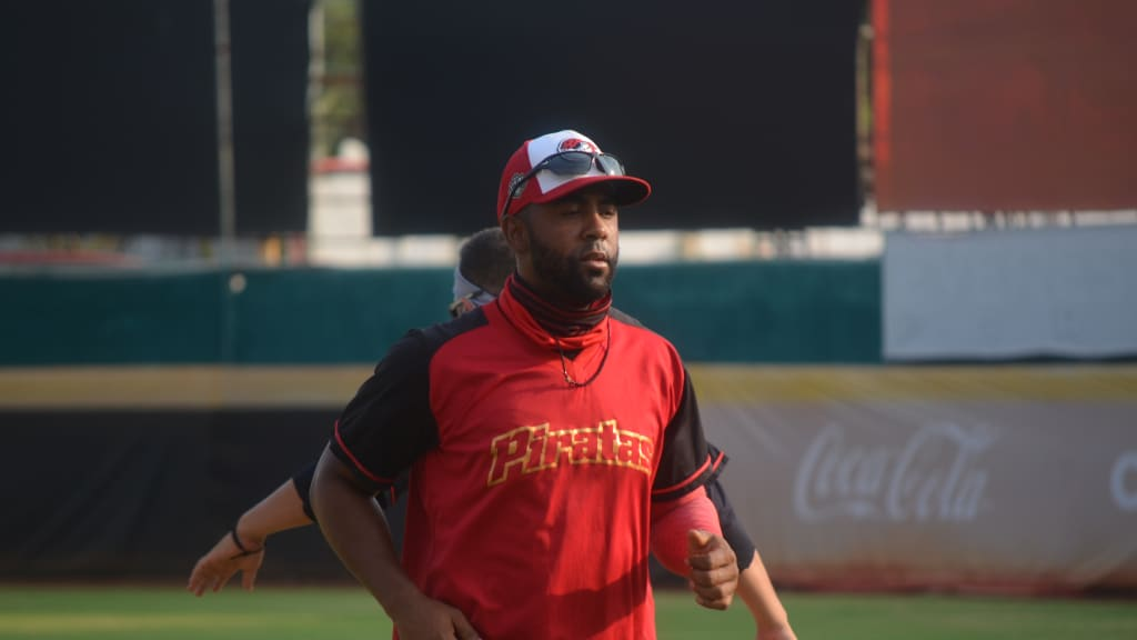 Alex Valdez, dispuesto a jugar en primera base o en los jardines con Piratas de Campeche en Liga Mexicana